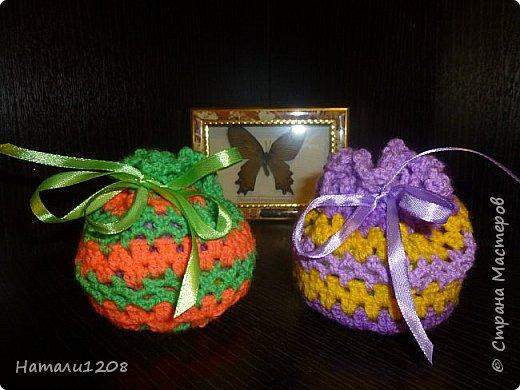 Сумочки-мешочки для подарков. Использовала материалы сайта: http://stranahandmade.net/vyazanie-kryuchkom/sumochka-dlya-devochki-kryuchkom фото 1