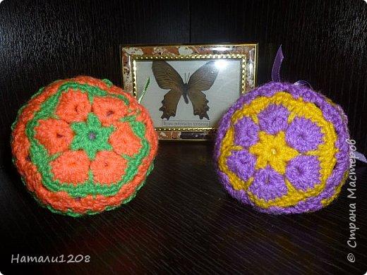 Сумочки-мешочки для подарков. Использовала материалы сайта: http://stranahandmade.net/vyazanie-kryuchkom/sumochka-dlya-devochki-kryuchkom фото 2
