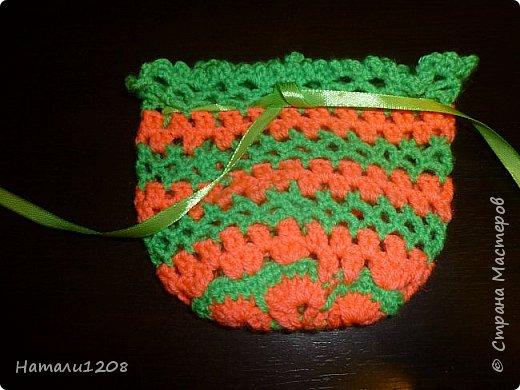 Сумочки-мешочки для подарков. Использовала материалы сайта: http://stranahandmade.net/vyazanie-kryuchkom/sumochka-dlya-devochki-kryuchkom фото 3