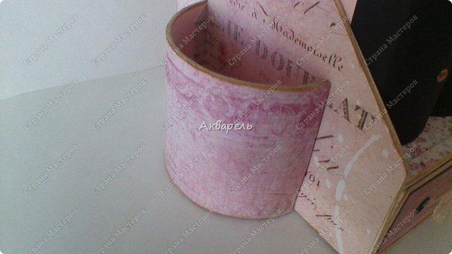 Органайзер номер два, был еще и третий чисто розовый, но не сфотографировала. Это для дочки. Сделала по ее желанию и вкусу. Мне кажется, удачное сочетание цвета и бумаги. Назвали его «балет». На изделие пошел картон пивной 1,5мм толщина, несколько листов скрапбумаги и бумага двусторонняя, клей. Клей использую UHU, хороший клей. фото 8