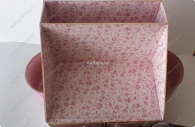 Органайзер номер два, был еще и третий чисто розовый, но не сфотографировала. Это для дочки. Сделала по ее желанию и вкусу. Мне кажется, удачное сочетание цвета и бумаги. Назвали его «балет». На изделие пошел картон пивной 1,5мм толщина, несколько листов скрапбумаги и бумага двусторонняя, клей. Клей использую UHU, хороший клей. фото 14
