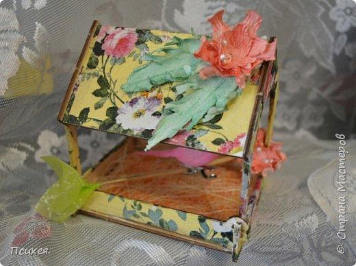 Приветствую Страну Мастеров!!!Эти подарки готовила к Пасхе.Конечно,красила и яйца разными хитроумными способами по урокам здешних Мастериц и другие поделки были,но вот фотографировать вечно забываем... Заготовки скворечника и птички из Фикс Прайса. фото 3