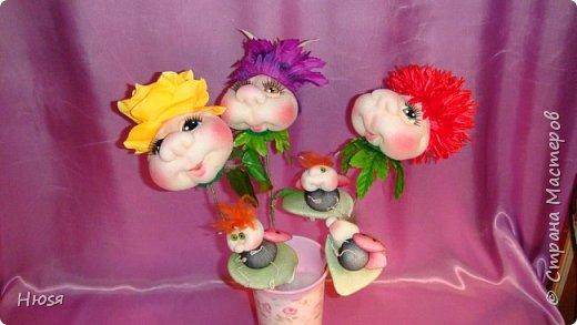 """Композиция:"""" Цветок Счастья"""".Техника: скульптурный текстиль.  Материал: капрон, синтепон и хорошее настроение. Высота: 40 см.  фото 10"""