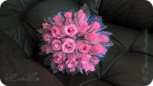 Букетик роз из конфет фото 1