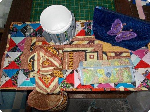 Вот такую сумочку на длинной ручке (регулируемой) сшила для юной леди. Ткань мебельная. фото 30