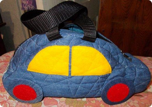 Вот такую сумочку на длинной ручке (регулируемой) сшила для юной леди. Ткань мебельная. фото 24