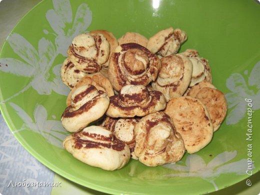 """Добрый вечер! Недавно нашла очень интересный рецепт печенья """"Шампиньоны"""". Они не только вкусные, но и визуально красивые.   Состав:  150 г маргарина или сливочного масла 0,5 стакана сахара 1 яйцо 1,5 стакана картофельного крахмала 1 чайная ложка без верха разрыхлитель теста (или 0,5 ч. л.соды +1 ч. л. уксуса =гасить); мука фото 12"""