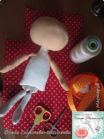 Всем привет! Хочу представить на ваш суд, мой вариант текстильной куклы. Это домовенок. фото 3