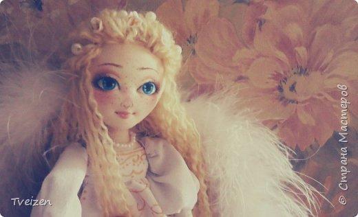 Эта куколка создавалась на заказ как подарок на День рождения радио-коллеге Ксюше Любимовой).  По словам заказчицы, получилось именно то, что она хотела, это меня конечно очень радует и вдохновляет)  фото 2