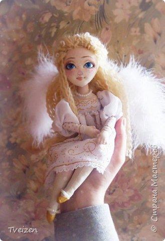 Эта куколка создавалась на заказ как подарок на День рождения радио-коллеге Ксюше Любимовой).  По словам заказчицы, получилось именно то, что она хотела, это меня конечно очень радует и вдохновляет)  фото 3