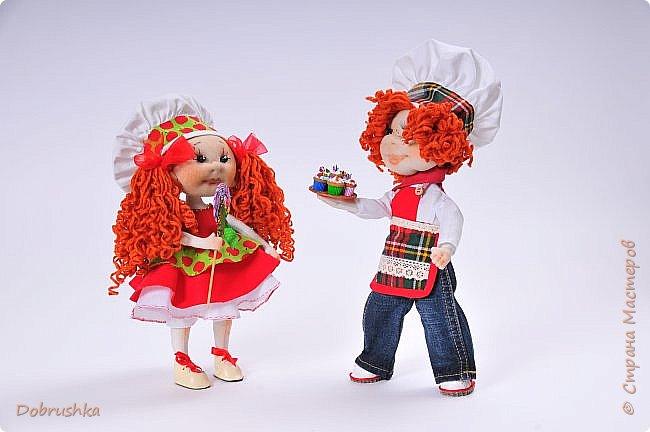 Мальчонка - поваренок жизнерадостный ребенок так же как и Карамелька едет на конкурс фото 2