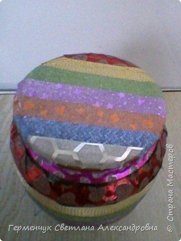 Карандашница  выполнена из стеклянной банки и декоративного скотча фото 4