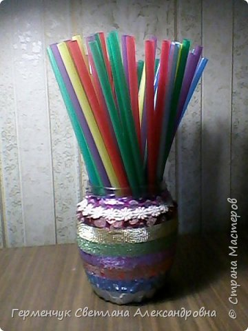 Карандашница  выполнена из стеклянной банки и декоративного скотча фото 11