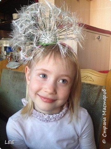 Большое спасибо, Татьяне за её МК, по которому я и делала свой одуванчик ( http://stranamasterov.ru/node/1027801) Младший сынишка занимается танцами, и вот у них в танце нужен одуванчик, мастер обшивающий коллектив сделала один, но я предложила сделать ещё одни. И вот сегодня за 2 часа всё сделала. Сильно хотелось такую красоту воплотить в жизнь. В праздники буду делать для танца сыну и своим младшим красотулям, т.к. этот уже в четверг будет подарен замечательной актрисе из Санкт-Петербурга Маргарите Смирновой. От основной своей работы в спектаклях, Маргарита ещё делает необычайно доброе дело - она больничный клоун! И вообще, Ритуля просто замечательнейший человек и очаровательная девушка!  Модель - Доминика (младшая доча). фото 2