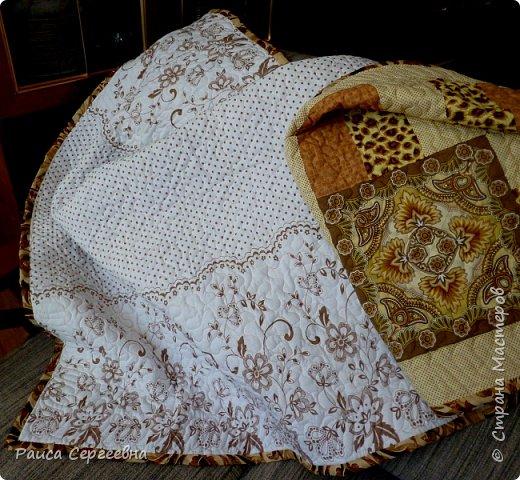 Приветствую всех, посетивших мою страничку! Как и обещала (главным образом самой себе) закончила давнишнюю недоделку - одеялко, лоскутный верх которого показывала в прошлом посте. фото 6