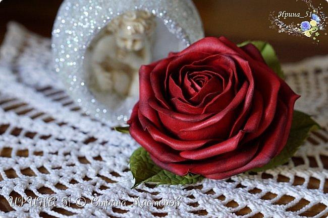 Здравствуйте!  Я как всегда  с фоамирановыми цветами!  Приглашаю к просмотру.  Букет из 15 полноразмерных роз.  фото 18