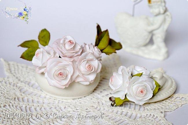 Здравствуйте!  Я как всегда  с фоамирановыми цветами!  Приглашаю к просмотру.  Букет из 15 полноразмерных роз.  фото 12