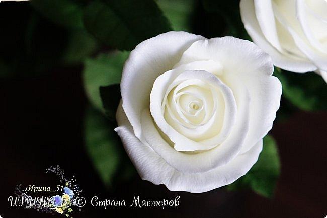 Здравствуйте!  Я как всегда  с фоамирановыми цветами!  Приглашаю к просмотру.  Букет из 15 полноразмерных роз.  фото 2