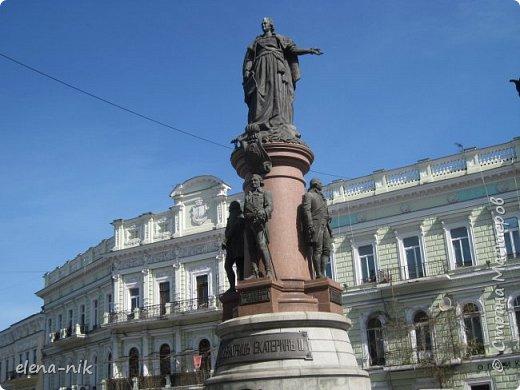 Доброго времени суток, Мастера и Мастерицы! Вы когда-нибудь бывали в Одессе?  Мне посчастливилось побывать в этом прекрасном городе, где каждый камень дышит историей. Хочу с вами поделиться впечатлениями об этом городе. фото 21