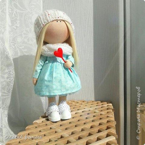 У девчули одна любовь на уме) фото 1