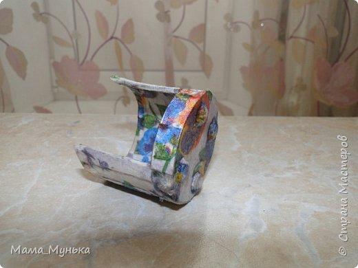 Здравствуйте, уважаемые посетители моей странички! Я уже рассказывала http://stranamasterov.ru/node/1095635 о том, что нам с дочкой внезапно понадобилась мебель для пупсёночка, потому что мой средний сын мебель, которая имеется, конфисковал для Севы киски и его семьи. Если кому-то интересна жизнь Севы киски, по этому поводу есть отдельная история http://stranamasterov.ru/node/1095634. А сегодня я решила показать, как учусь делать для куклят мягкую мебель. фото 2