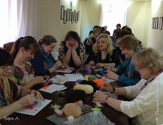 Следующими эстафету приняли Оля Прохорова и Ирина Бин. Моделирование - вещь серьёзная, требует внимательности и усердия. фото 8