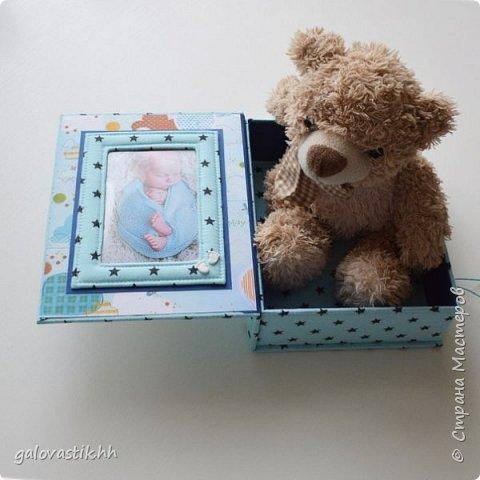 Почти год на к рождению замечательного малыша я делала наборчик - фотоальбом папочку для документов и бебибук фото 4
