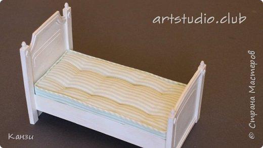 Здравствуйте, жители замечательной страны! Вдогонку ко вчерашнему видео про изготовление кровати из картона, выкладываю видео про изготовление матраса к ней.