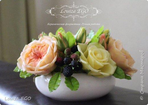 Цветы вылеплены из холодного фарфора и тонированы вручную масляными красками. фото 2