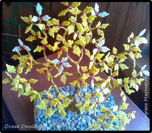 Деревце из бисера фото 3