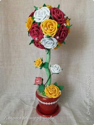 Топиарий с розами из фоамирана  фото 1