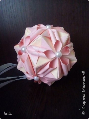 розы делала по этому мк - http://stranamasterov.ru/node/18153 листочки от лилии (ириса) фото 3