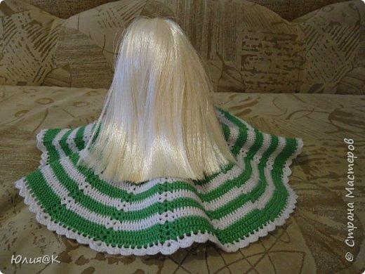 """Ко мне в руки попала Барби в не очень хорошем состоянии. Я ее отмыла, сделала """"новые """" волосы и приодела. Это конечный результат куколки...))) фото 3"""