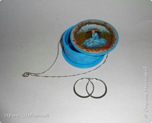 Шкатулки из туб от скотча или можно использовать многослойное папье-маше, декупаж из распечатки на офисной бумаге, краски, лак. фото 6