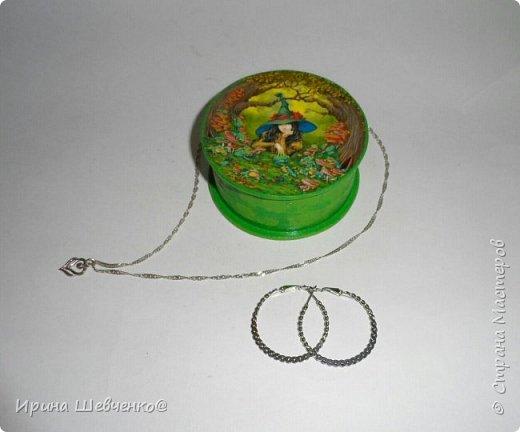 Шкатулки из туб от скотча или можно использовать многослойное папье-маше, декупаж из распечатки на офисной бумаге, краски, лак. фото 8