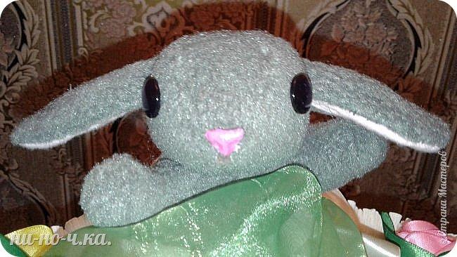 Здравствуйте мастерицы!! Сегодня я выставляю свой букет из игрушек. Делала я его долго, думала, как лучше, что лучше))). Но получилось не плохо. Это впервые из игрушек я пробовала сделать . фото 9