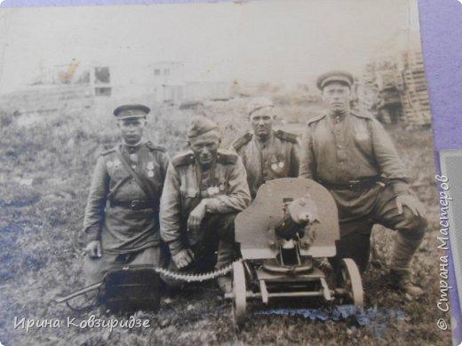 Это два Ивана,два моих деда, Иван Скориков ( фото слева) и Иван Пузленко(справа). Оба они участники Великой Отечественной войны. Один погиб молодым в 1941 году, а другой - дошёл до Берлина. фото 5