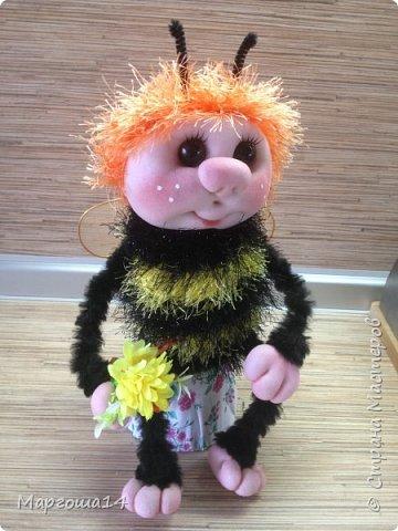 Здравствуйте,Страна Мастеров!!!Решила показать,как я делаю пчёлок,может кому-нибудь пригодится.  фото 1