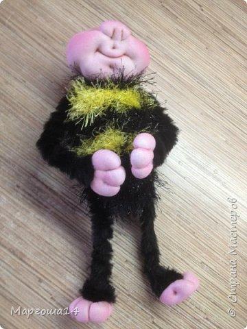 Здравствуйте,Страна Мастеров!!!Решила показать,как я делаю пчёлок,может кому-нибудь пригодится.  фото 11