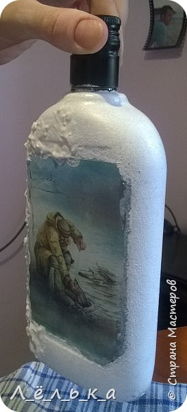 Всем привет. Сотворилась у меня по поводу вот такая бутылочка. Вдохновила меня Юлия http://stranamasterov.ru/node/1057036 за что ей огромнейшее спасибо!!!! фото 5