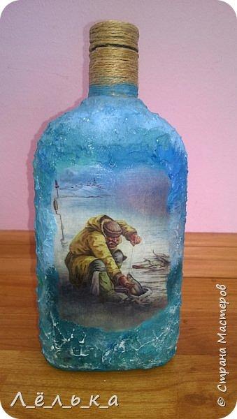 Всем привет. Сотворилась у меня по поводу вот такая бутылочка. Вдохновила меня Юлия http://stranamasterov.ru/node/1057036 за что ей огромнейшее спасибо!!!! фото 1