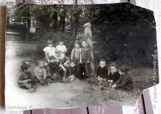 Перебирая старые фото, нашла эти 2 фотографии. Сделала страничку памяти. Я ни когда не видела маминого отца, он умер после войны на Сахалине в г. Макаров, где продолжал служить и хотел перевести туда свою семью. По рассказам мамы знаю, что всю войну он прошел без единого ранения. После него остались стихи, военный дневник, немного фотографий и награды. А еще память.  фото 4
