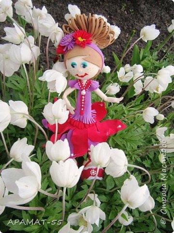 Здравствуйте. Сегодня я покажу вам куколку, которую сделала по МК  http://stranamasterov.ru/node/1096393?c=favusers  Татьяны Шмелевой.  Первая и самая любимая.  Процесс затягивает. фото 3