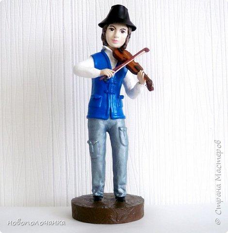 Племяннику любителю музыки скрипки - подарок  на день рождения. фото 17