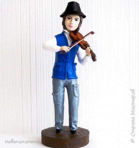 Племяннику любителю музыки скрипки - подарок  на день рождения. фото 1