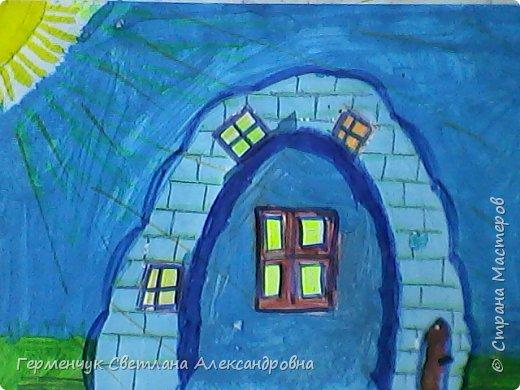 """Сегодня на уроке  ИЗО мои ребята  фантазировали на тему """"Дома  будущего"""" Ребята """"построили """" вот такие  чудо- домики. Дом- гитара, фото 3"""