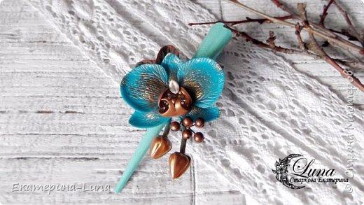 Заколка с бирюзовой орхидеей из полимерной глины фото 2