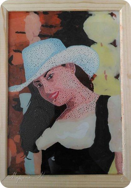 Решила подарить своей коллеге на юбилей ее объединения портрет. Делала, конечно, в своей любимой технике - обратная аппликация пластилином фото 4