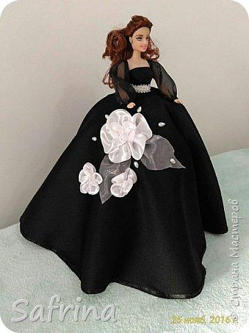 Куколка на день рождения подруге в ее любимом черном цвете. фото 1