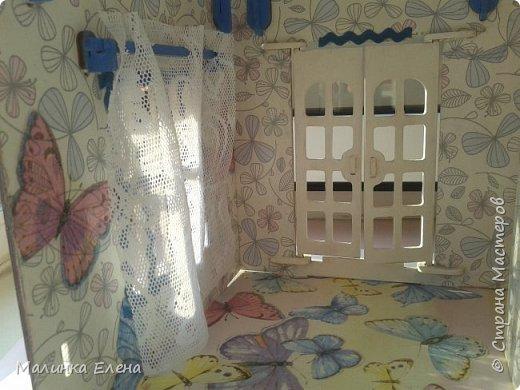 """Немного переделала домик. Покрасила выпуклую часть более яркой краской, все """"ребра"""" обклеила тесьмой. Считаю, так более нарядно) Рассадила цветы) фото 9"""